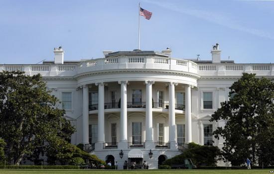 Белый дом. Почему он так называется