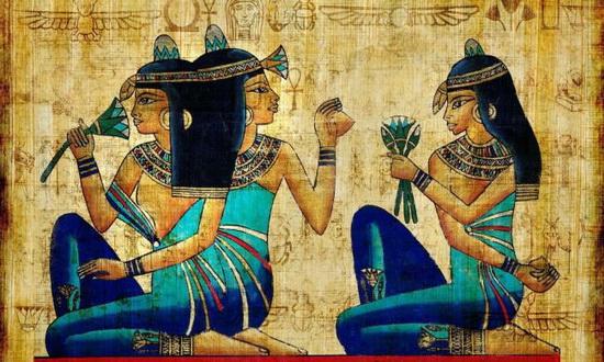 Чем примечателен папирус