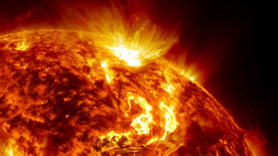 Какая температура на поверхности Солнца