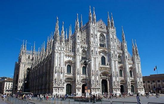 Кто изобрел готическую архитектуру