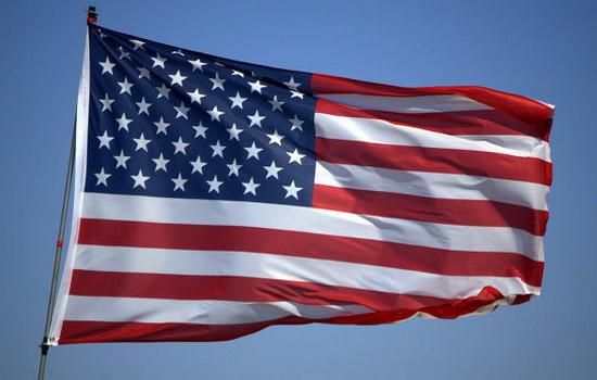 В какой стране ритуально сжигают больше всего американских флагов