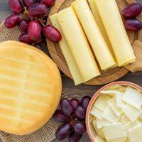 Что будет, если перед сном съесть сыр ?