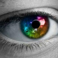 Сколько глаз нужно, чтобы оценить расстояние и глубину ?