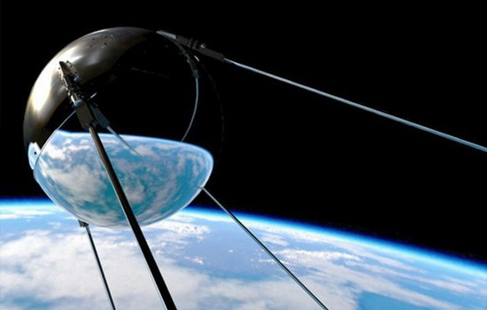 Что такое спутник и что он делает?
