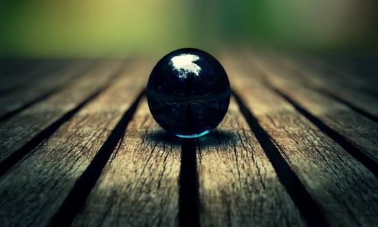 Какой шарик подскочет выше: стальной, стеклянный или резиновый ?