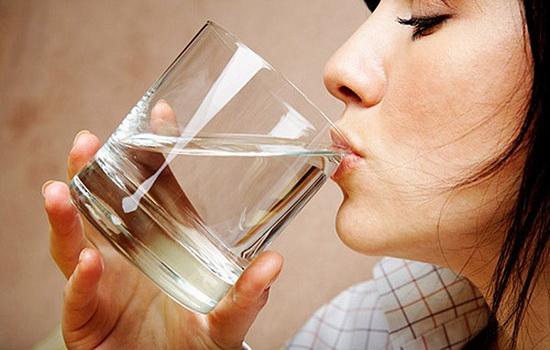Сколько нужно пить воды в день ?