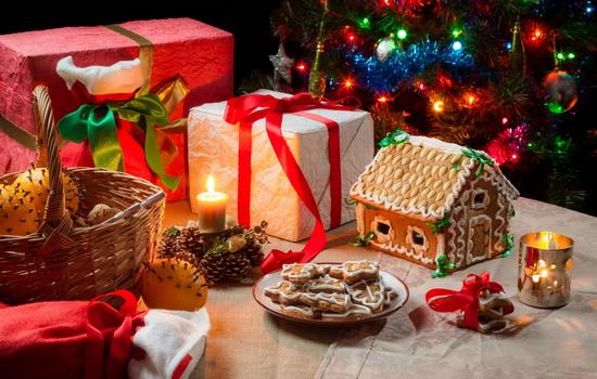 В какой день нужно открывать первую дверцу календаря Рождественского поста ?